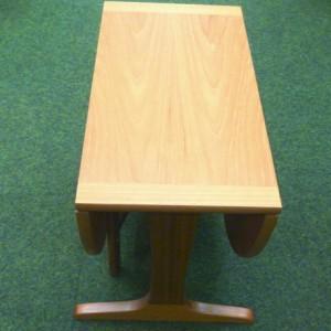 nathan-gateleg-table